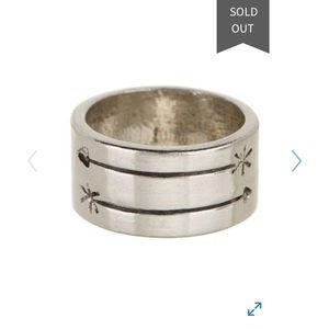 2 Bandits Ring